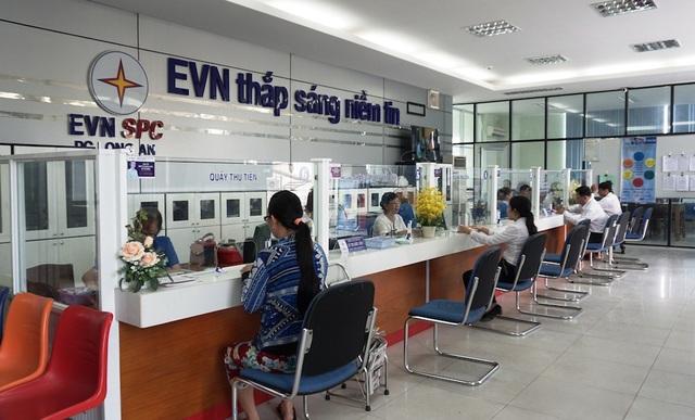 Trung tâm chăm sóc khàng khẩn trương rà soát giá bán điện tại 21 tỉnh thành để đảm bảo các đối tượng được hưởng giá bán điện đúng quy định