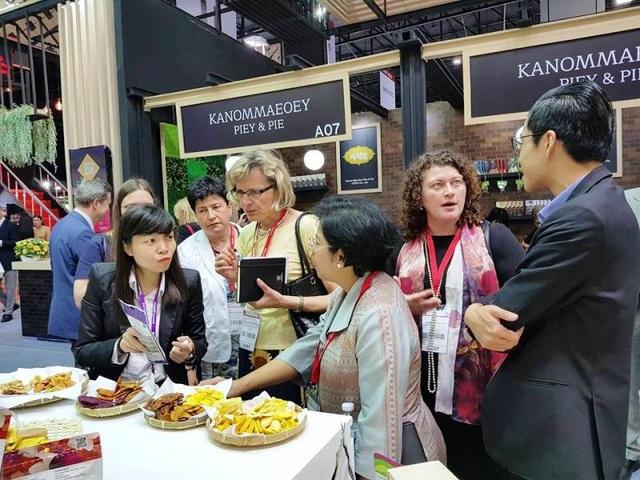 Các doanh nghiệp Việt Nam mang sản phẩm của mình đến với hội chợ quốc tế ThaiFex (Thái Lan)