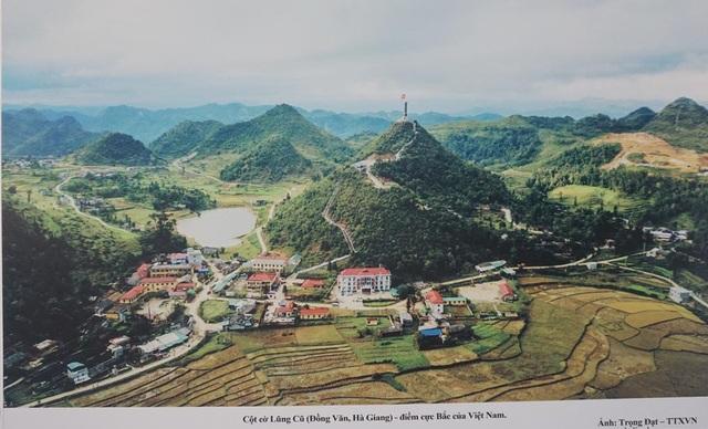 Cột cờ Lũng Cú (Đồng Văn, Hà Giang) - điểm cực Bắc của Việt Nam. (Ảnh: TTXVN).