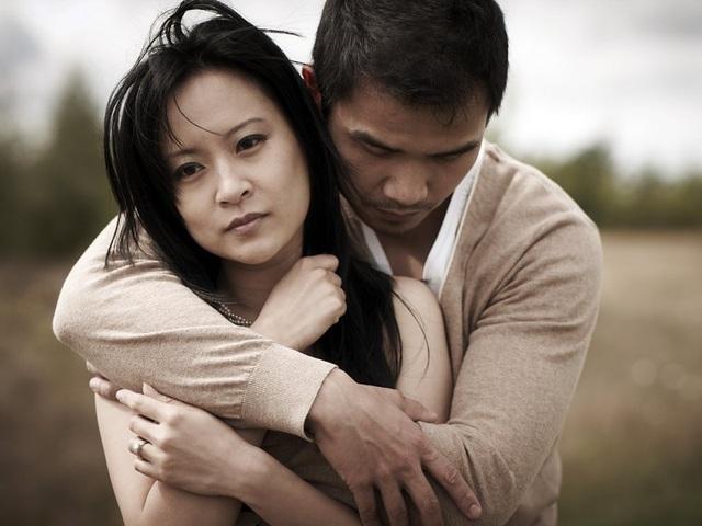 Chồng vẫn sát cánh lúc vợ vỡ hụi, mất nhà, nợ đầm đìa - 1
