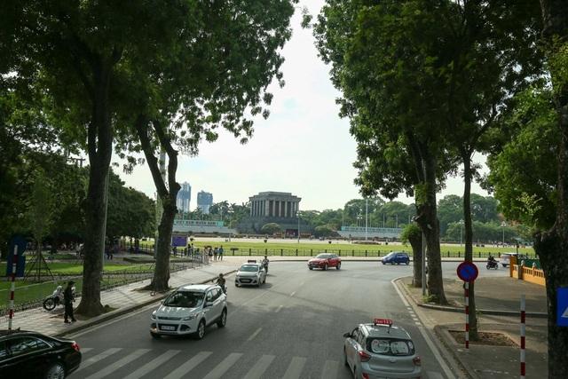 Lăng Chủ tịch Hồ Chí Minh.
