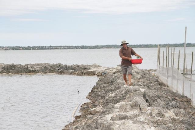 Chuyến thu hoạch thành công, trở về với 1 thùng hải sản các loại