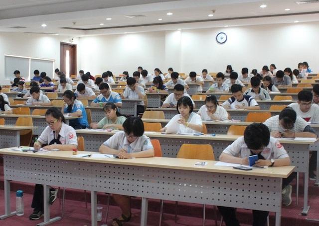 Hơn 6.200 thí sinh dự thi kỳ kiểm tra năng lực vào trường ĐH Quốc tế trong hai ngày 26-27/5
