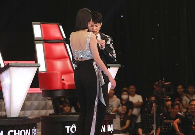 Tóc Tiên tranh cãi ác liệt với Noo Phước Thịnh để giành thí sinh - 2