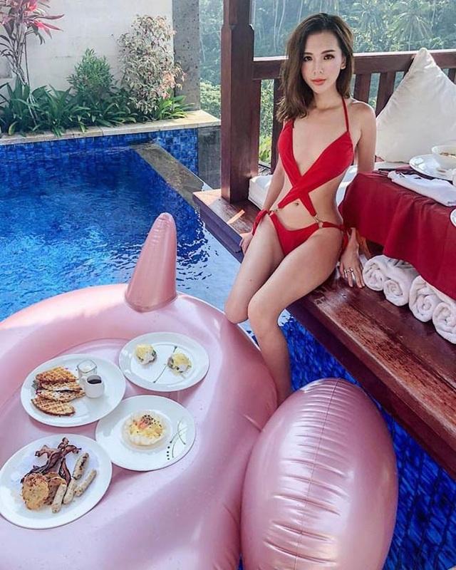 Tiểu thư Hà thành Phương Uyên ăn ở tại những khách sạn, nhà hàng top đầu thế giới