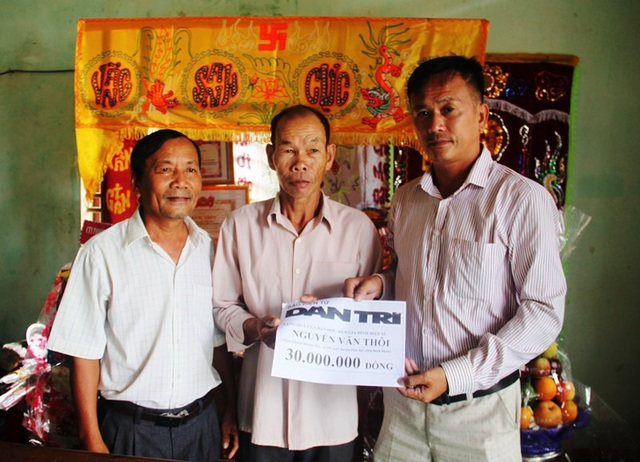 30 triệu đồng gửi đến gia đình hiệp sĩ Nguyễn Văn Thôi