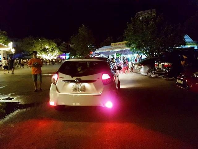 Du khách thất vọng tràn trề phố đi bộ ở Tam Cốc - 7