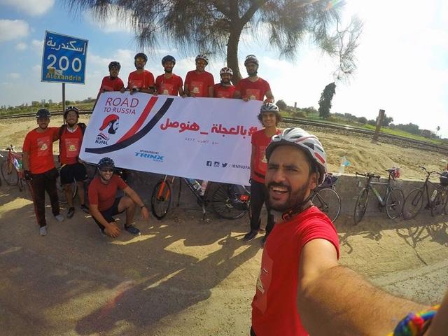 Chàng trai đạp xe suốt 2 tháng từ Ai Cập sang Nga để xem WC 2018