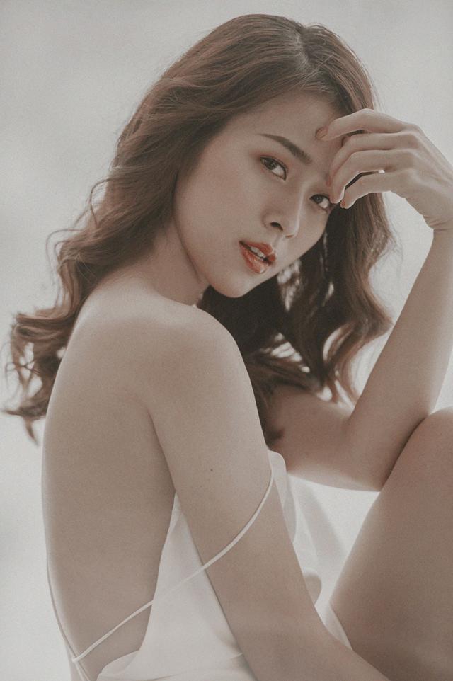 Diệp Bảo Ngọc được biết đến là hot girl nổi tiếng Sài Thành những năm 2009, 2010.