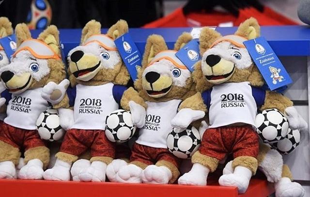 Những chú sói bông được bán tại Nga có giá khoảng 435.000 - 510.000 đồng, gấp 3 lần so với giá tại Việt Nam.