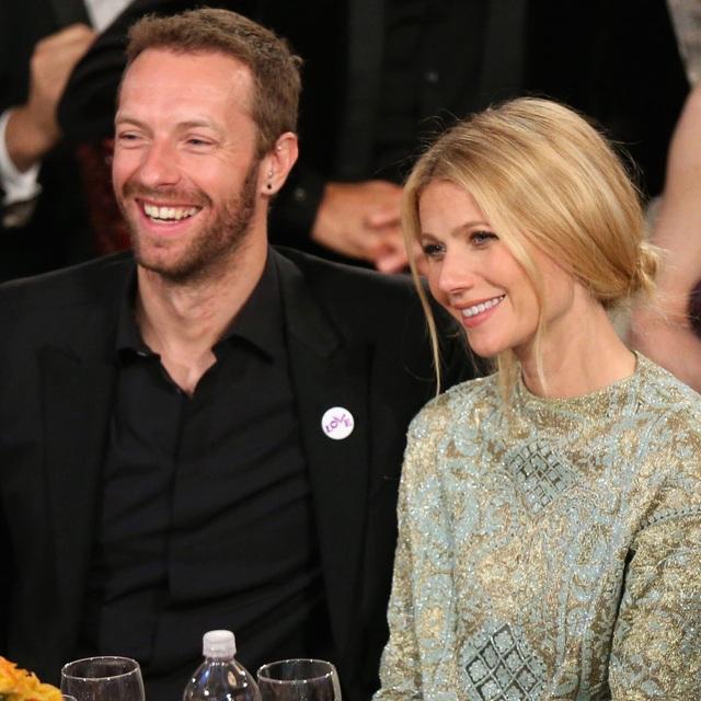 Chris và vợ cũ Gwyneth Paltrow vẫn duy trì quan hệ bạn bè và cùng chăm sóc 2 con của mình.