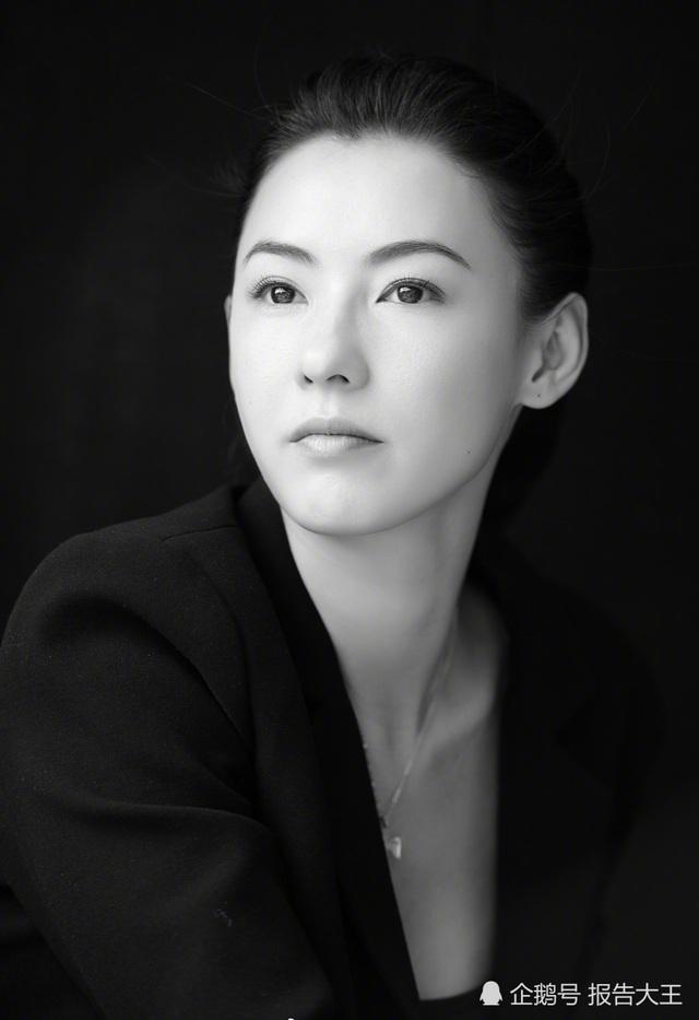 Sau 18 năm, Trương Bá Chi giờ đã là một phụ nữ trưởng thành và đối diện với nhiều biến cố trong cuộc đời. Cô hiện là mẹ đơn thân, tập trung nuôi dạy hai cậu con trai sau khi ly dị với Tạ Đình Phong vào năm 2013.