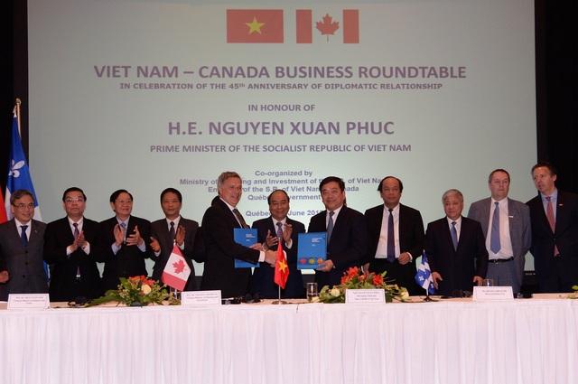Thủ tướng chính phủ Nguyễn Xuân Phúc chứng kiến mối quan hệ hợp tác giữa hai trường