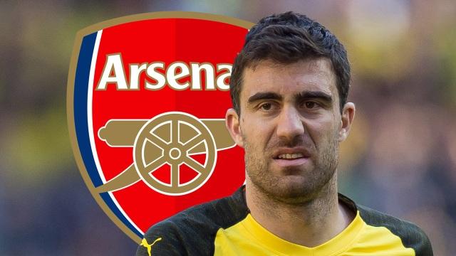 Sokratis Papastathopoulos nhiều khả năng sẽ là tân binh tiếp theo của Arsenal