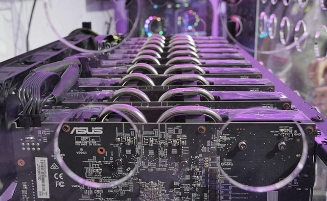 Bo mạch chủ mới của Asus sẽ hỗ trợ lên tới 20 card đồ họa cùng hoạt động một lúc.