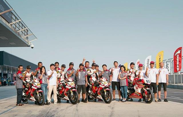 Đội đua Yuzy Honda Vietnam Racing Team