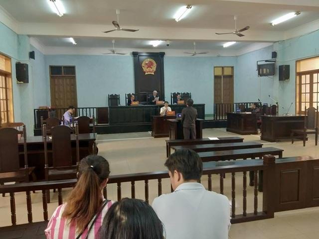 Hơn 11h, HĐXX đã mời người dân vào nghe tuyên phạt bị cáo