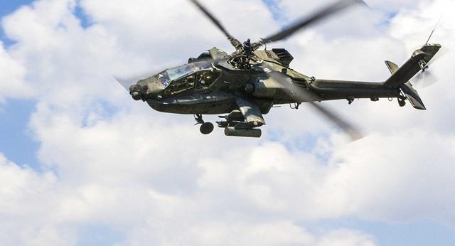 Trực thăng Apache (Ảnh: Sputnik)
