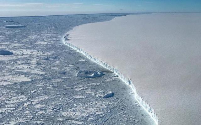 Mất 3.000 tỷ tấn băng chỉ trong 25 năm qua, khi nào lục địa Nam Cực sẽ biến mất? - 1