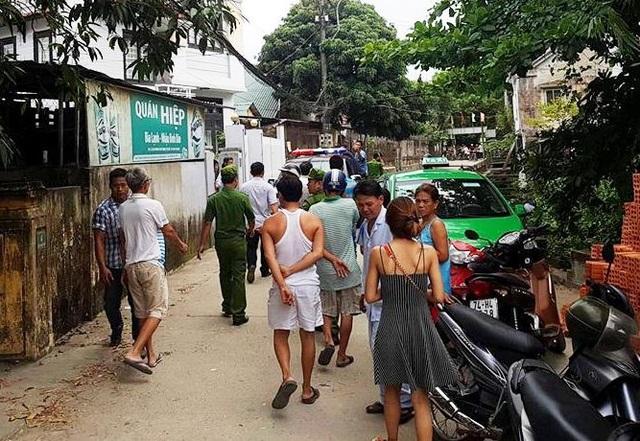 Người dân ở hẻm 254 đường Phan Chu Trinh, TP Huế vẫn chưa hết bàng hoàng khi gặp nam thanh niên nghi ngáo đá này