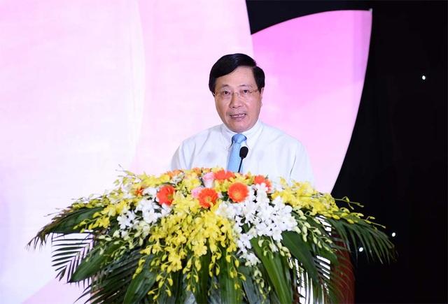 Phó Thủ tướng Phạm Bình Minh phát biểu tại Lễ trao giải.