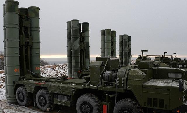 Tổ hợp phòng không S-400 của Nga (Ảnh: Tass)