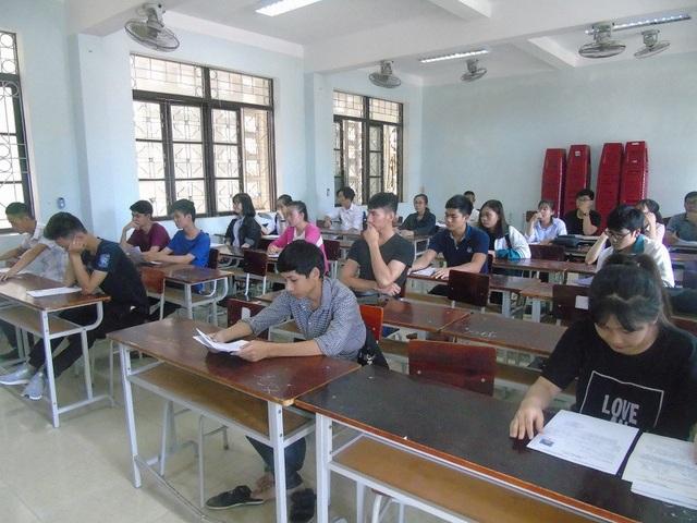 Sở GD - ĐT Quảng Bình đã có văn bản yêu cầu các trường THPT trên địa bàn không được ép buộc học sinh, phụ huynh nộp các khoản ngoài quy định
