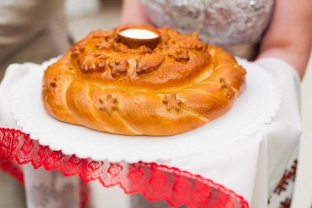 Tại sao người Nga đón khách với bánh mì và muối? - 2
