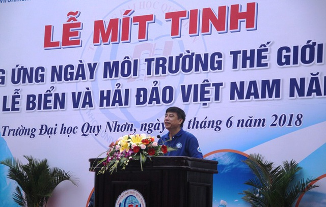 Ông Lê Trọng Hùng, Vụ trưởng Vụ KHCN&MT, Bộ GD&ĐT phát biểu tại Lễ mít tinh.