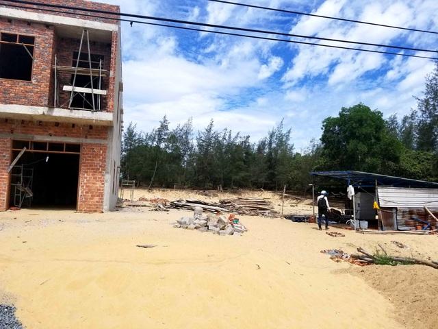 Lán trại bên cạnh ngôi nhà đang xây của vợ chồng ông Kề, nơi xảy ra vụ việc