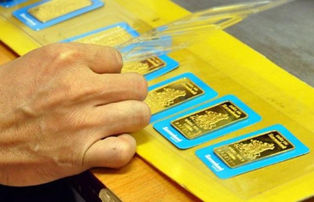 Phiên giao dịch chốt tuần hôm nay 16/6, giá vàng SJC điều chỉnh giảm 100.000 đồng/lượng (ảnh minh họa).