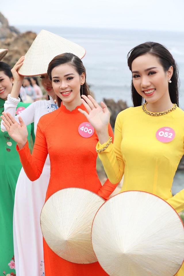 30 thí sinh hoa hậu phía Nam làm sáng bừng Eo Gió với áo dài rực rỡ  Hoa Hậu - 9