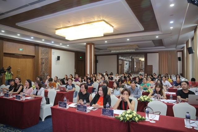 Toàn cảnh buổi họp báo sáng 16/6 tại TP. Thanh Hoá.