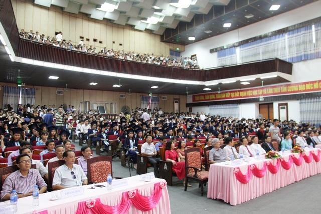 Lễ công bố quyết định chứng nhận đạt chuẩn chất lượng giáo dục cho trường Đại học Kinh tế - Đại học Huế vào chiều 16/6 tại TP Huế