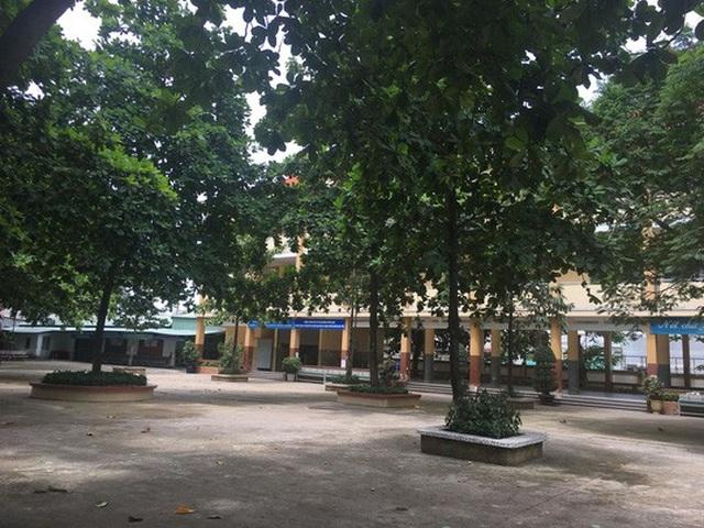 Ngôi trường, nơi xảy ra vụ việc