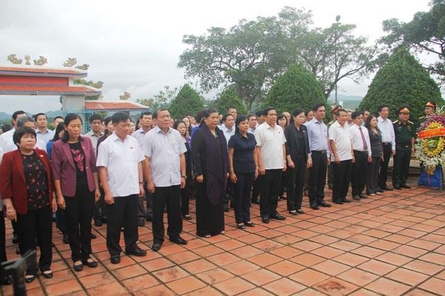 Phó Chủ tịch Quốc hội thành kính tri ân các anh hùng liệt sĩ