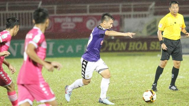 Quang Hải ghi bàn thắng đẹp, nhưng CLB Hà Nội vẫn thua trên sân Thống Nhất
