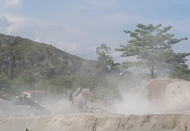 Thực trạng khai thác mỏ đá ảnh hưởng đến di tích chùa Hàn Sơn và các hộ dân xung quanh