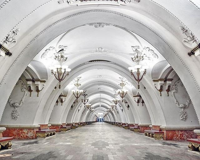 """Nga tự hào với """"cung điện ngầm"""" lộng lẫy nguy nga dưới lòng đất - 6"""