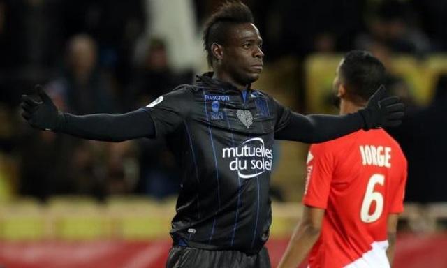 Mario Balotelli sắp cập bến Marseille