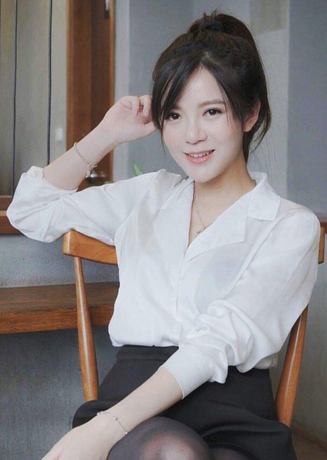 Hot girl Tú Linh nhanh chóng lấy lại vóc dáng sau sinh