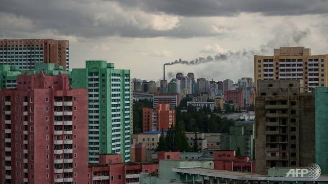 Những tòa nhà cao tầng tại Triều Tiên (Ảnh: AFP)