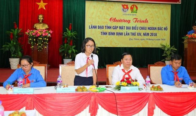 Đại diện cho thiếu nhi tỉnh Bình Định chia sẻ tâm tư, nguyện vong của thiếu nhi trên toàn tỉnh.