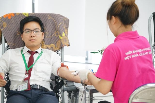Ngân hàng VPBank kêu gọi được hơn 1.000 đơn vị máu - 8