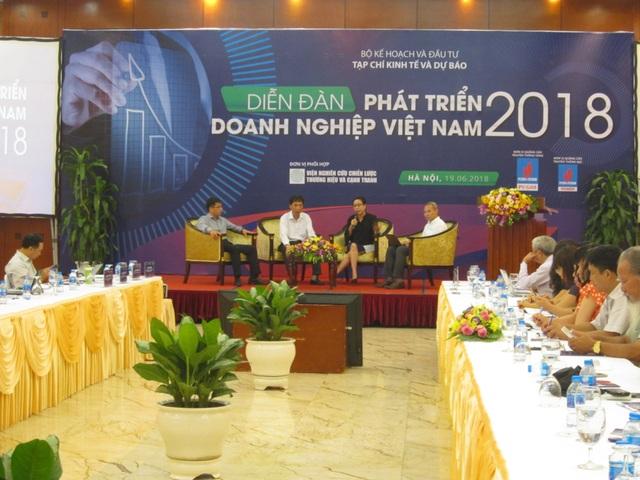 Diễn đàn Phát triển Doanh nghiệp Việt Nam 2018 ghi nhận tiếng nói phản biện từ các chuyên gia, doanh nghiệp.