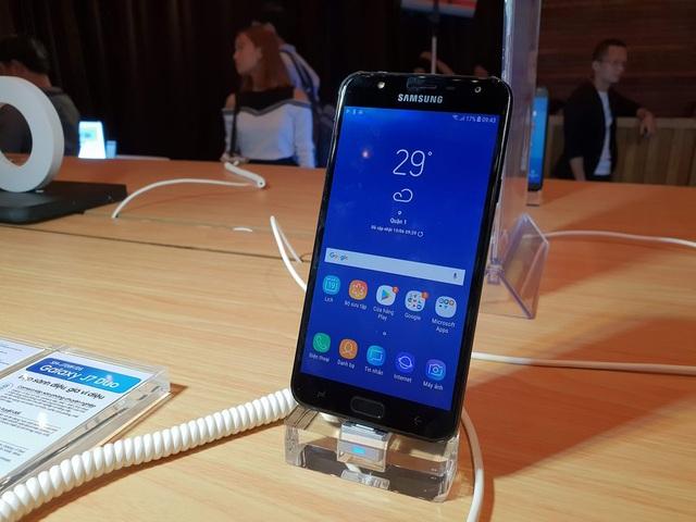 Galaxy J7 Duo chính thức ra mắt, camera kép giá dưới 6 triệu đồng - 3