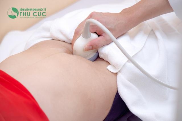 Đi khám phụ khoa định kỳ và khám ngay khi có những bất thường của cơ thể là rất cần.