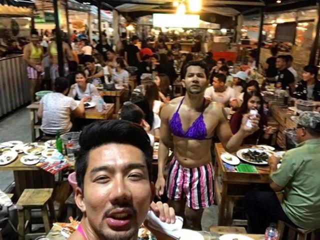 Đỏ mặt với dàn trai đẹp 6 múi mặc đồ nữ sexy tại nhà hàng Thái Lan - 5