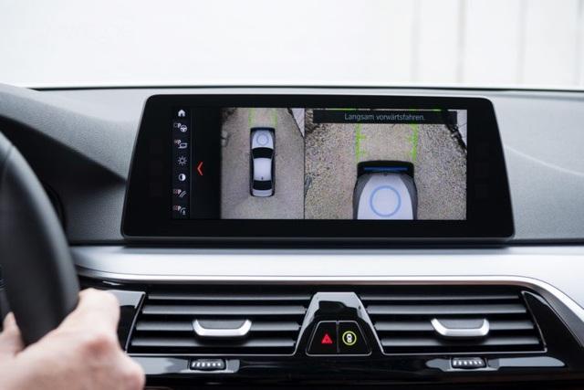 BMW giới thiệu hệ thống sạc không dây mới cho xe chạy điện - 3