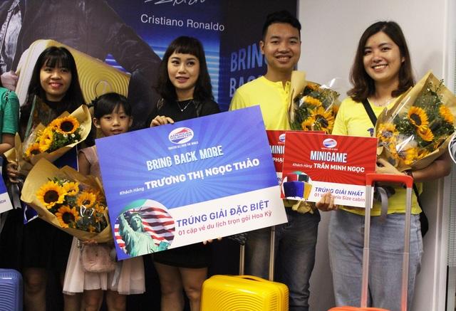 Giải thưởng cao nhất của chương trình: Chuyến du lịch Mỹ trị giá 120 triệu đồng dành cho 2 người đã thuộc về chị Trương Thị Ngọc Thảo (TPHCM).